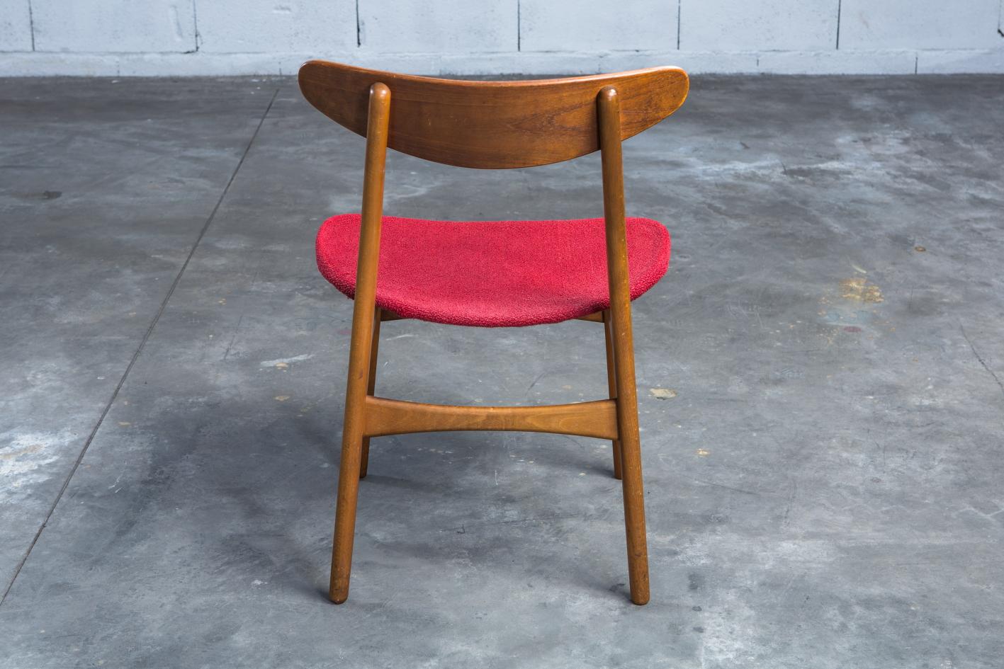 CH 30 chairs - Hans J. Wegner for Carl Hansen - Back view