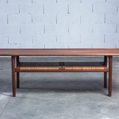 AT-10 Model coffee table designed by Hans J. Wegner for Andreas Tuck