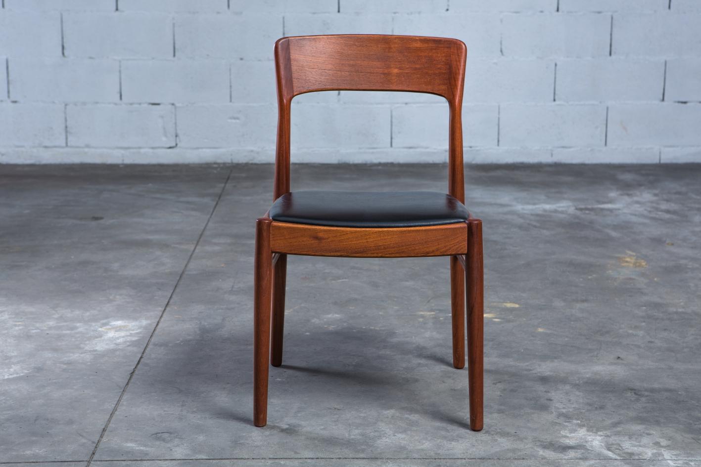 mid century teak danish chairs - Korup Stolefabrik - Front view