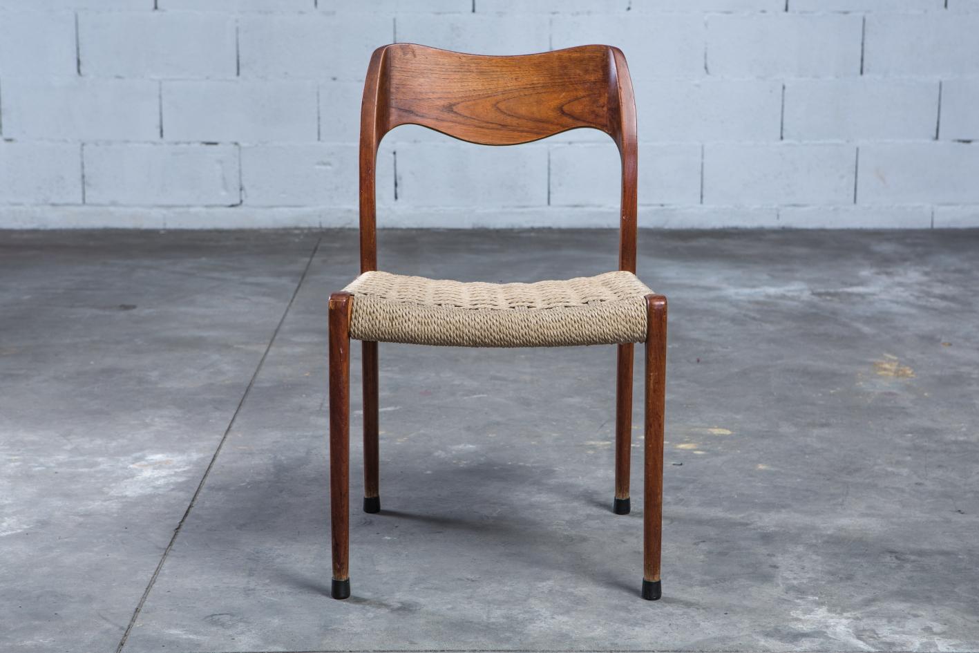 Model 71 teak chairs - Niels O. Møller for J.L. Møller - Front view