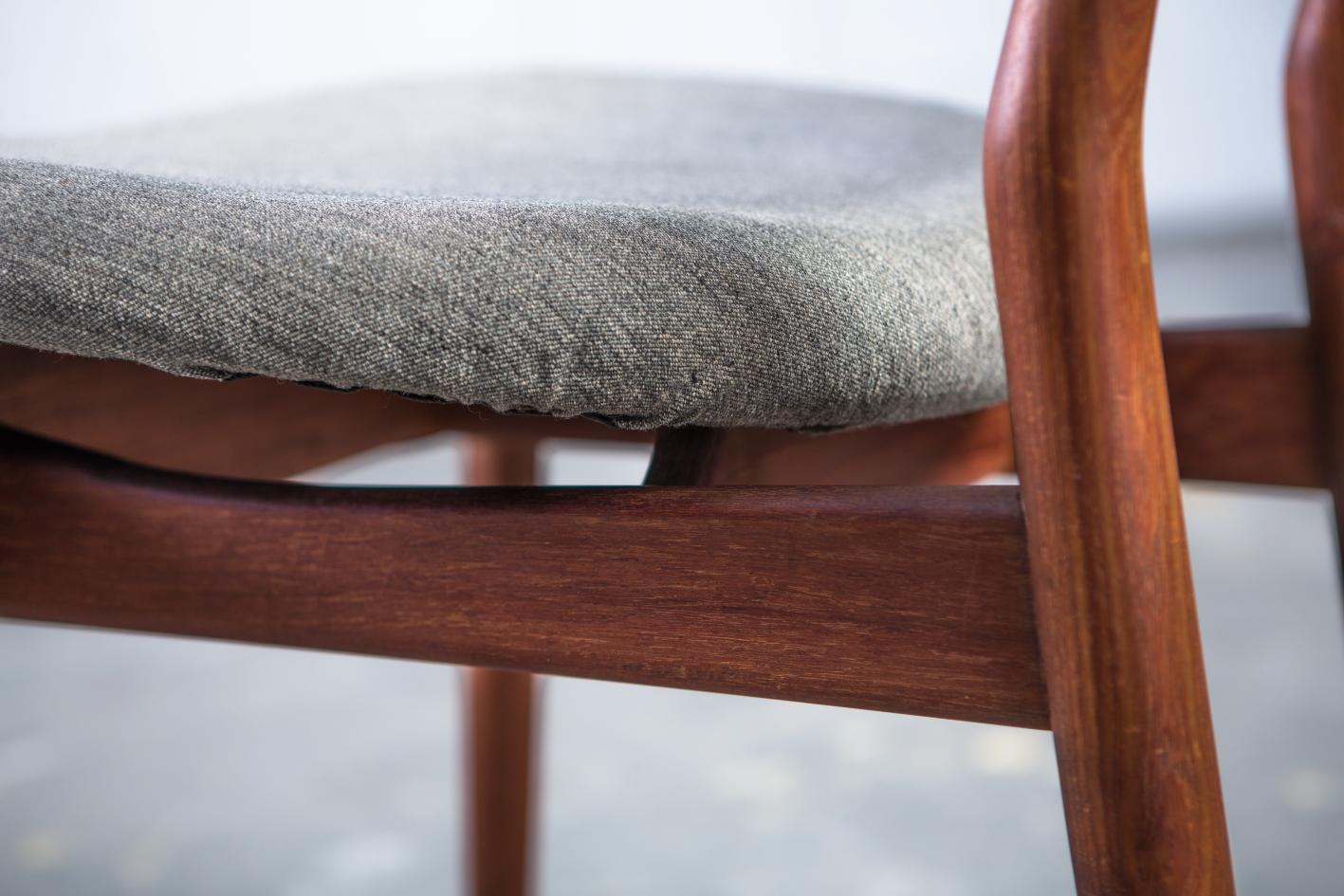 NV108 - Fj55 chairs - Finn Juhl for Niels Vodder - Seat fabric detail