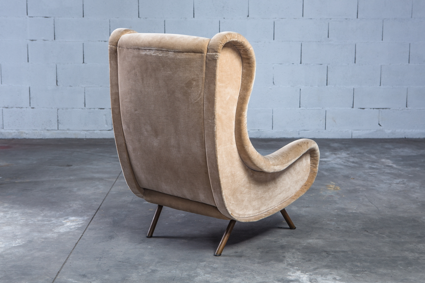 Senior lounge chair - Marco Zanuso for Arflex - 3/4 back view