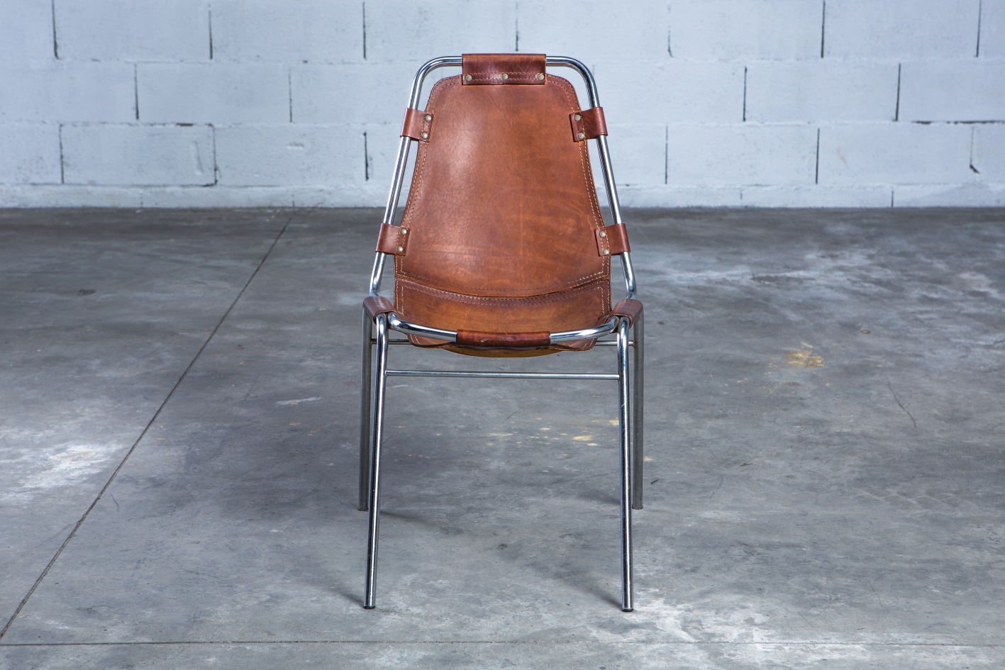 ''Les Arcs'' chairs - Charlotte Perriand - Leather and metal frame - Front view