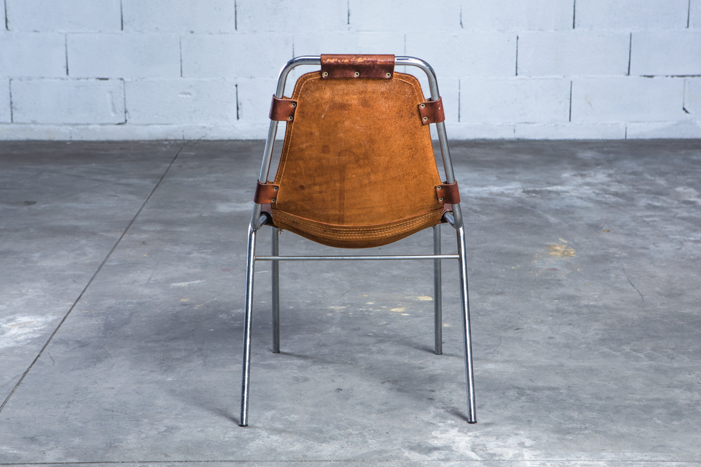 ''Les Arcs'' chairs - Charlotte Perriand - Leather and metal frame - Back view