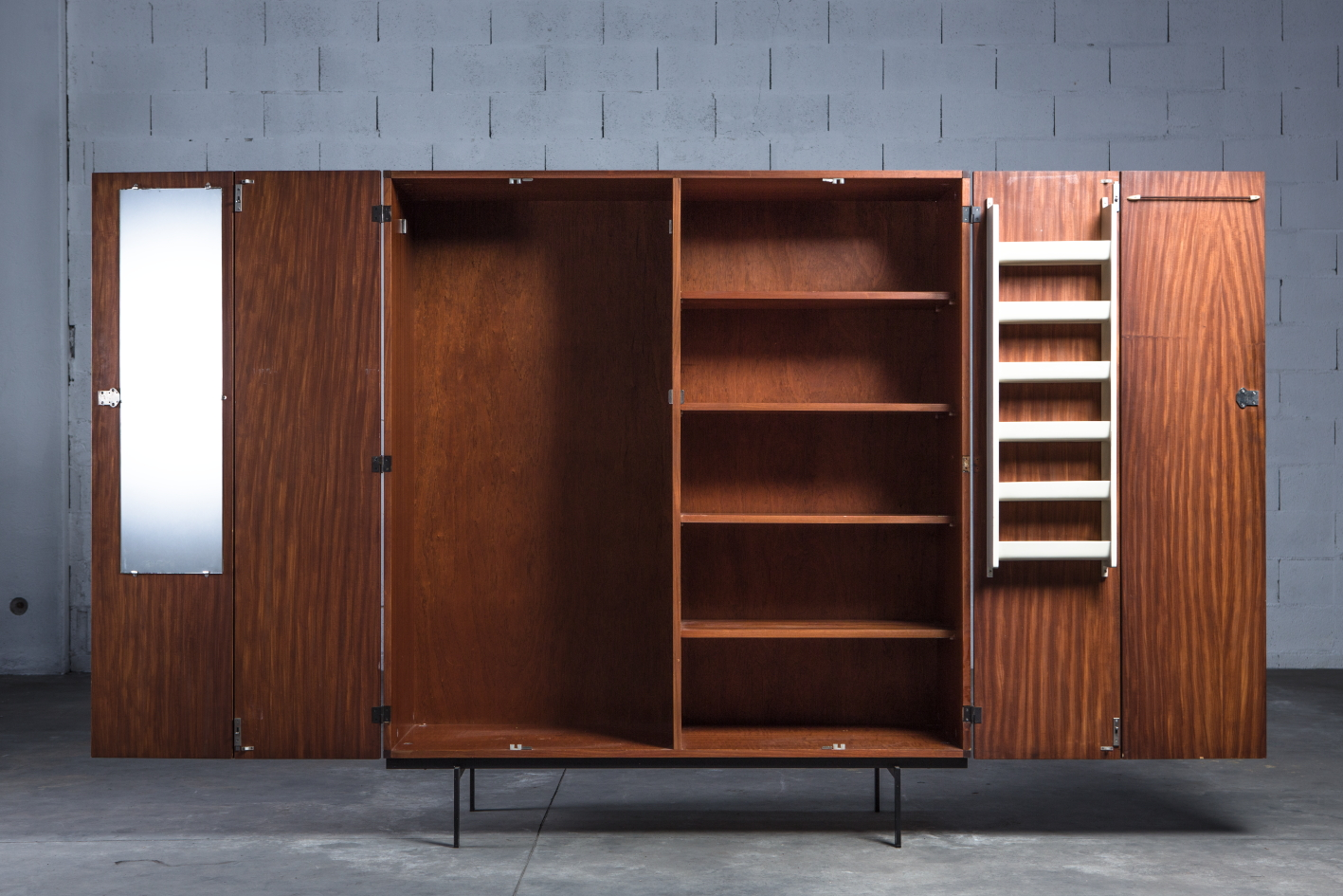 Wardrobe KU14 by Cees Braakman for Pastoe - Front view open