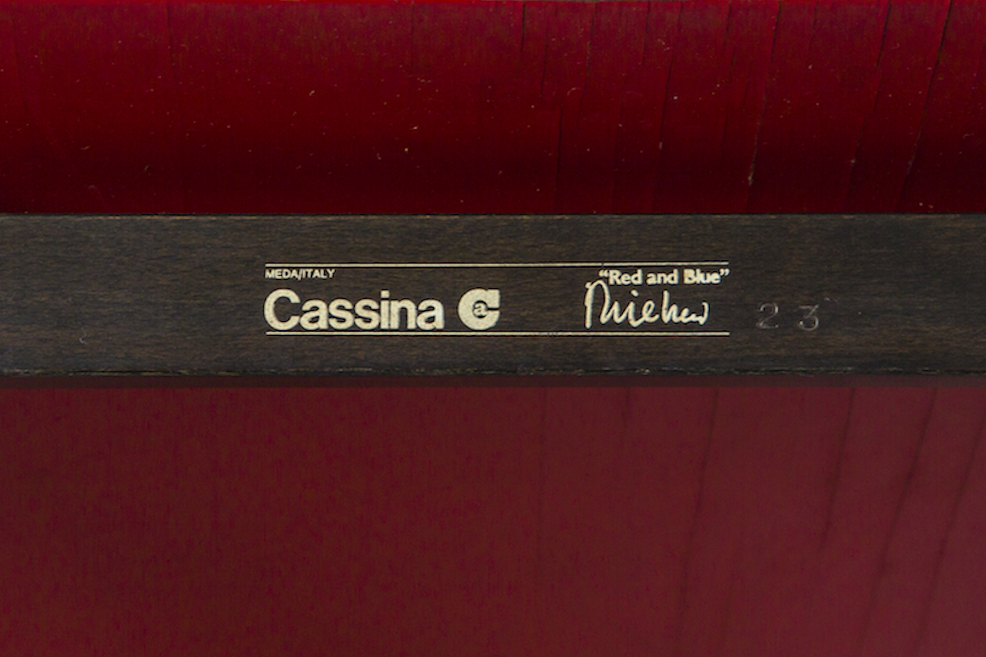 Early Red & Blue chair - Gerrit Rietveld for Cassina signed n.23 - Stamp mark logo