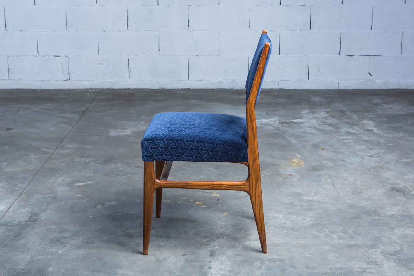 Six chairs designed by Gio Ponti for Figli di Amedeo Cassina (1950s) - Profile view (2)