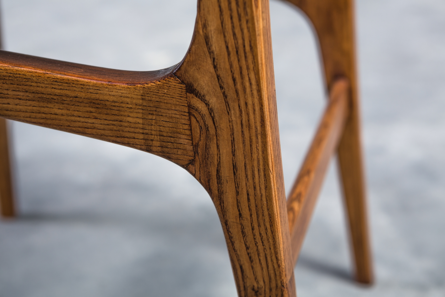 Rare set of 14 chairs for the ''Parco dei Principi'' Hotel - Gio Ponti for Cassina 1965 - Wood frame detail