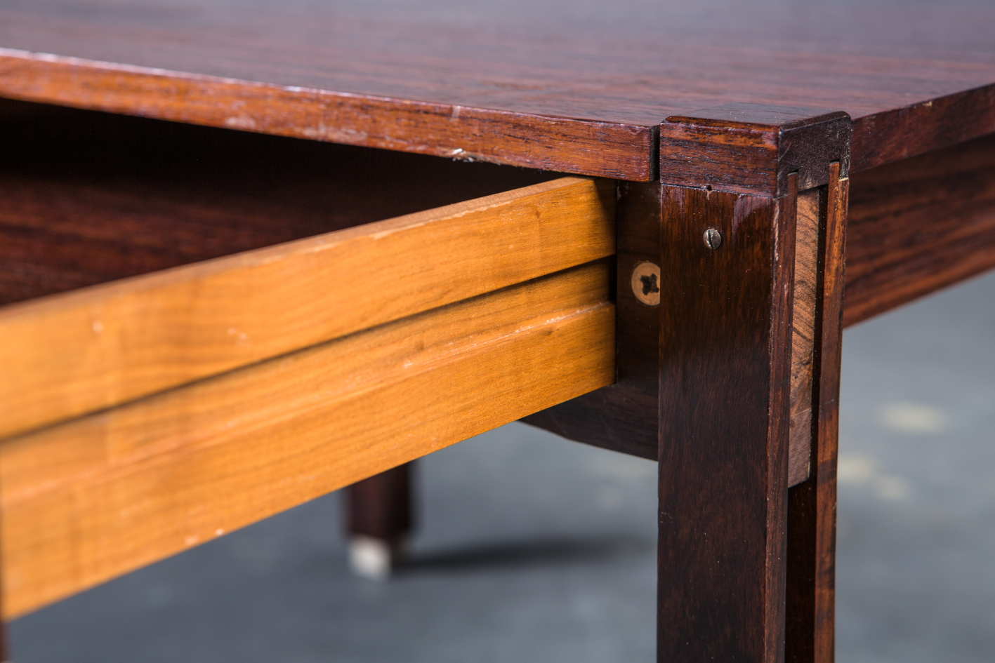 Low table with drawer - Ico Parisi for Mim - Drawer detail