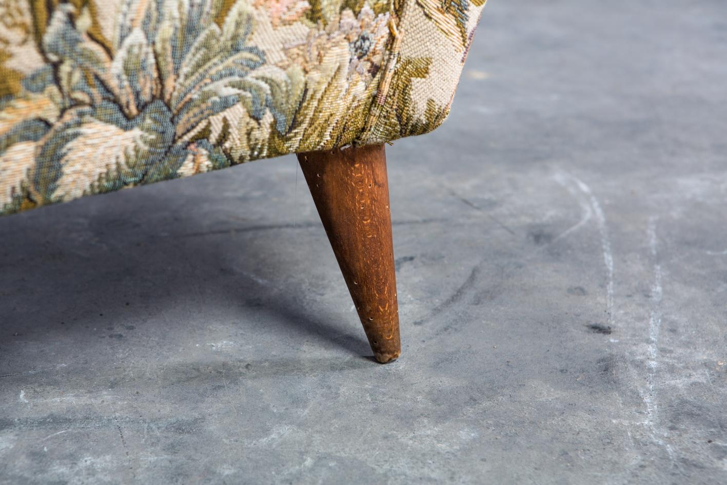 Armchairs Model 512 - Gio Ponti for Isa Bergamo - Foot detail