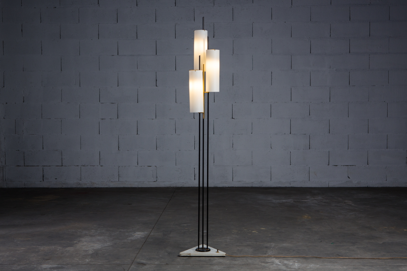 Three arms Floor Lamp made by marble, brass and glass - Stilnovo Italy 1950s - Light on