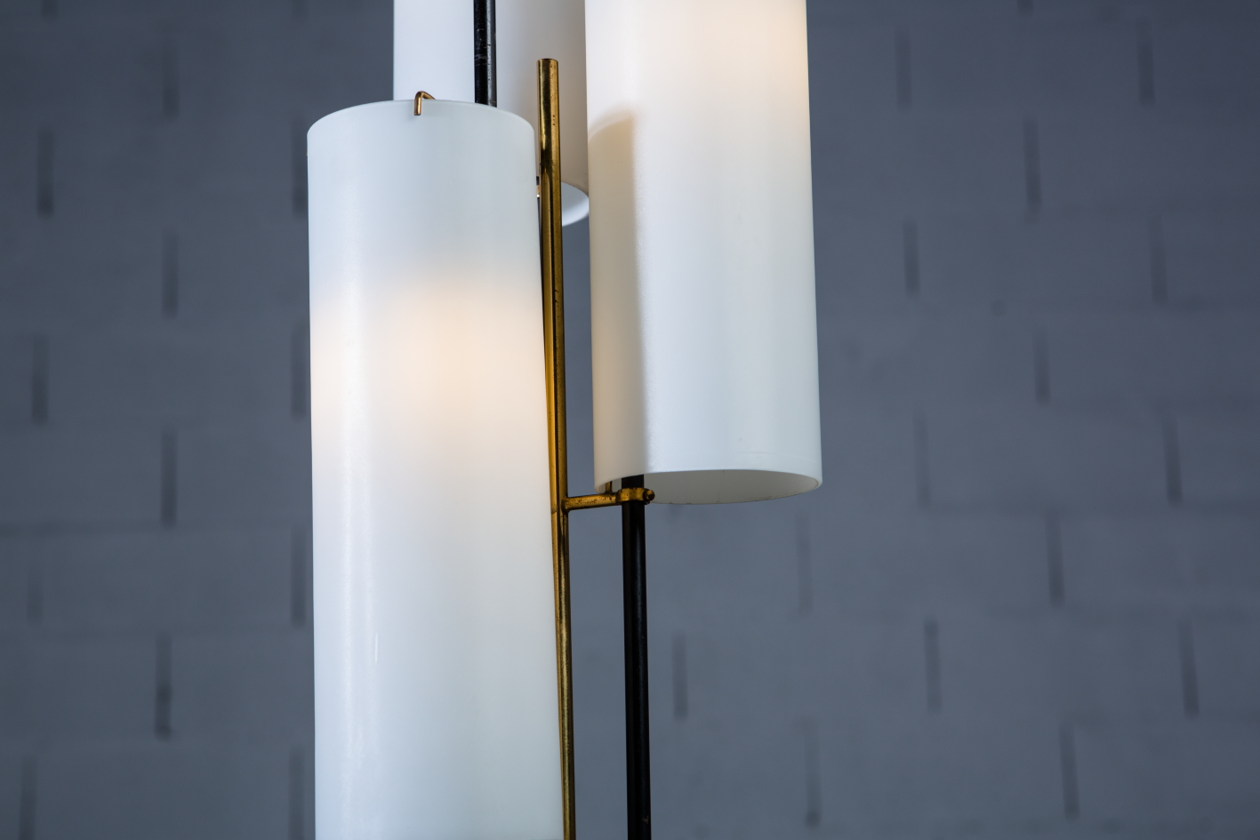 Three arms Floor Lamp made by marble, brass and glass - Stilnovo Italy 1950s - Glass cylinders and brass joints