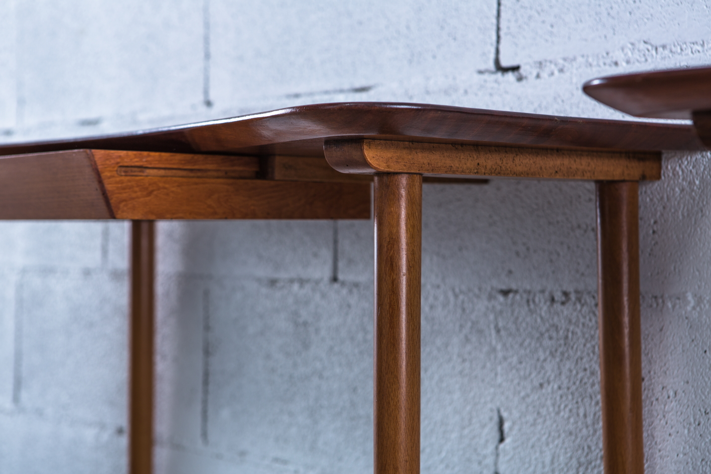Ash and teak carved console Italy 1940s - side view