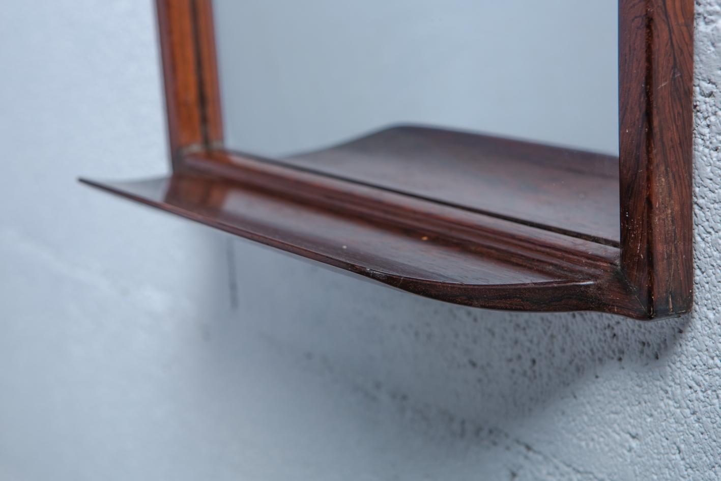 Rosewood Mirror by Uno & Östen Kristiansson for Luxus - Carved shelf detail