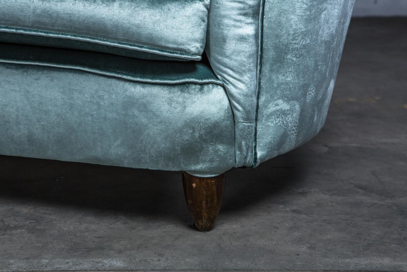 Three seater mid century Italian curved sofa - 1940s