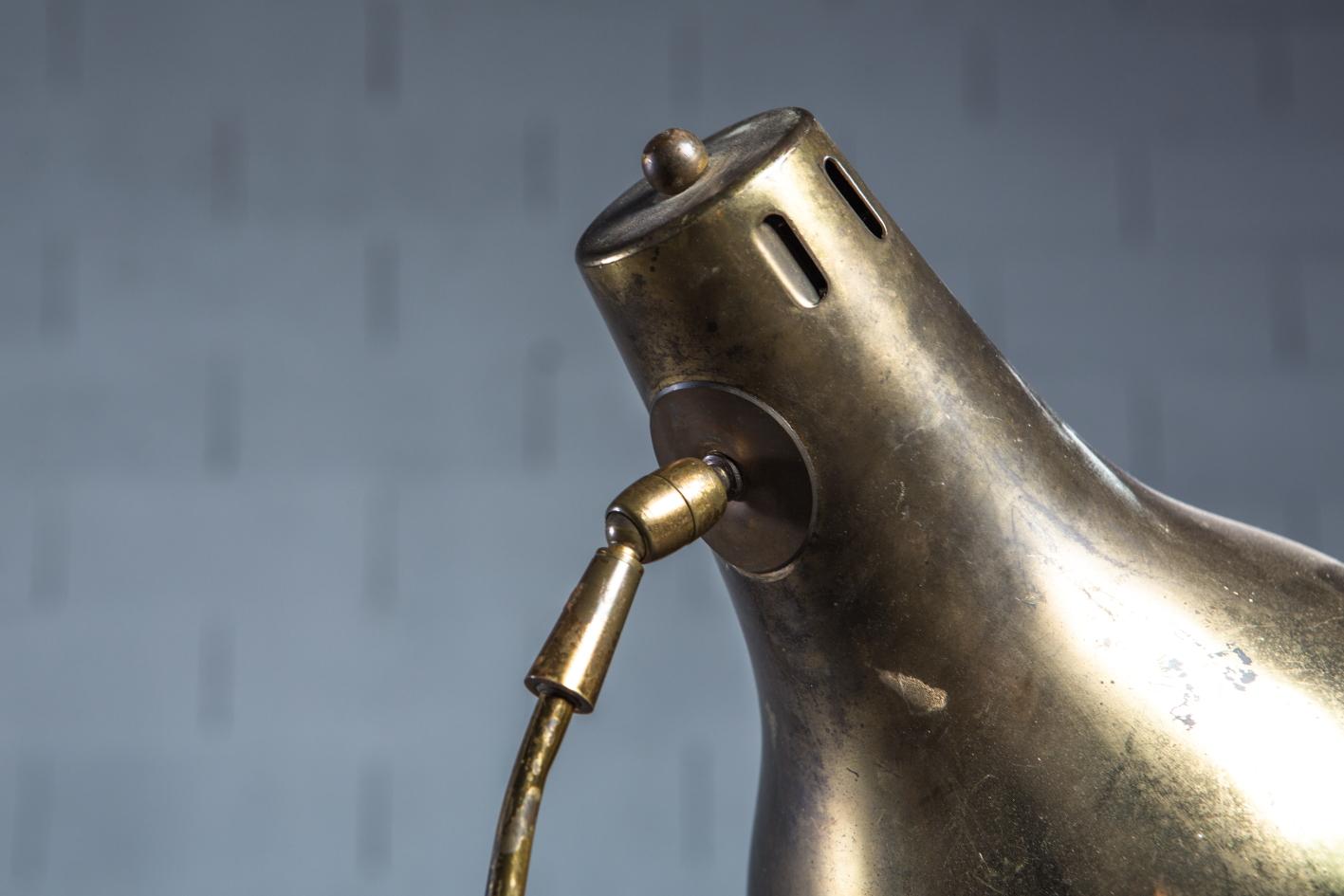 Brass 1950s Italian extendable floor lamp - Detail