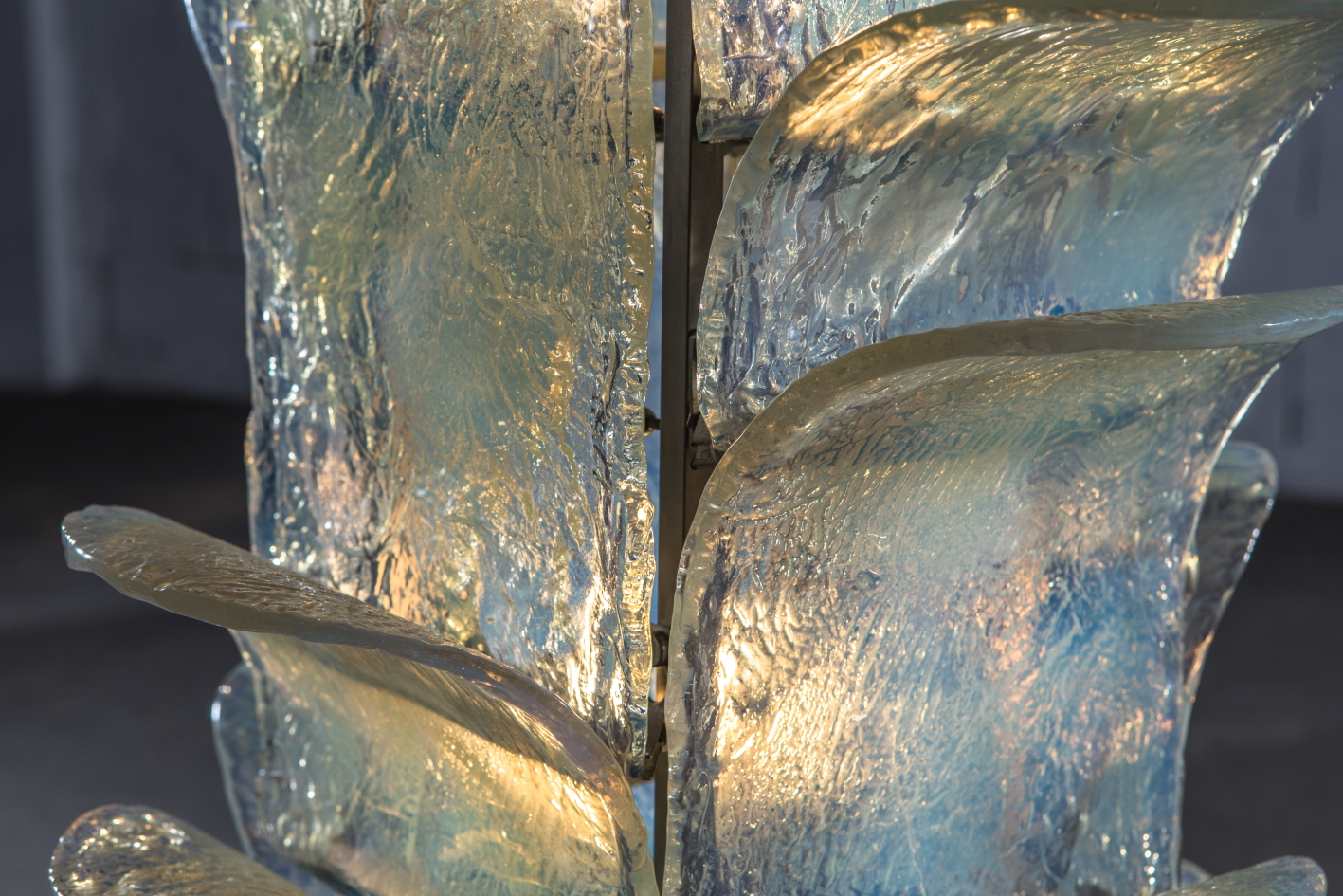 Floor lamp LT320 - Carlo Nason for Mazzega - glass leaf detail