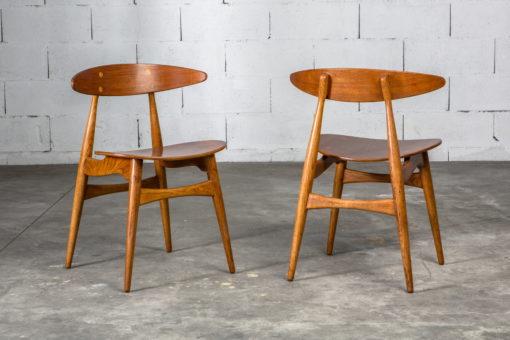 Molded teak backrests and oak frames CH 33 chairs - Hans J. Wegner for Carl Hansen & Son