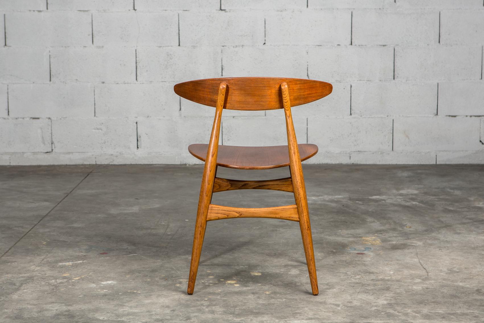 Molded teak backrests and oak frames CH 33 chairs - Hans J. Wegner for Carl Hansen & Son - Back view