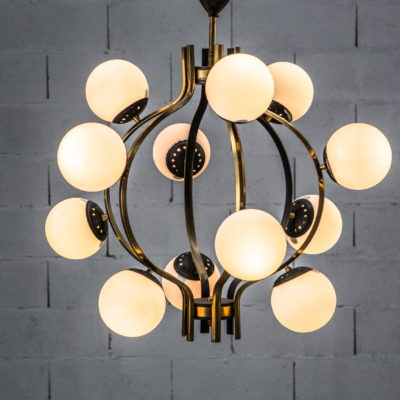 Stilnovo 12 lights chandelier 1950s made by brass, aluminium and opaline glass